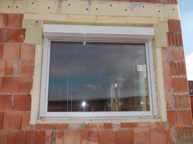 A műanyag ablak beszerelése minden méretben lehetséges