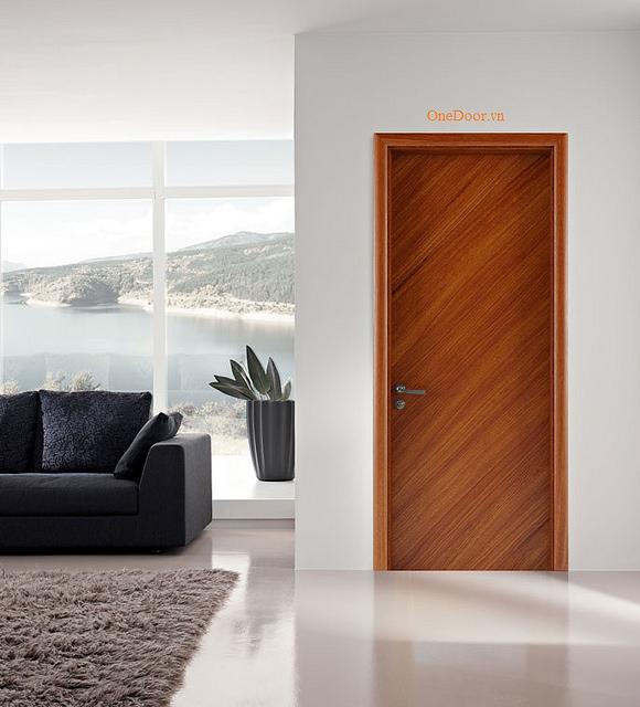 Modern beltéri ajtó Debrecen környékén