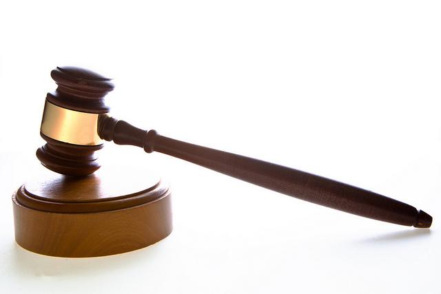 A büntető ügyvéd védekezési stratégiát állít fel