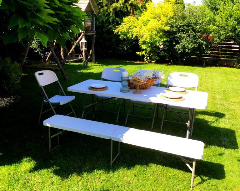 Az összecsukható rendezvény asztal szuper beruházás