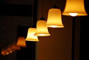 Villanyleó Szeged lámpabolt