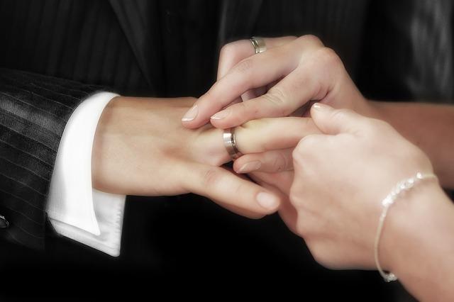 Páratlanul szép esküvői karikagyűrű választék