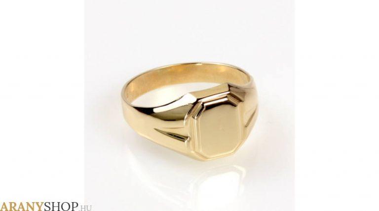 A pecsétgyűrű napjainkban is keresett ékszerforma