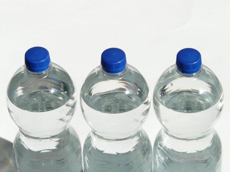 Kompakt kialakítású PET palack prés